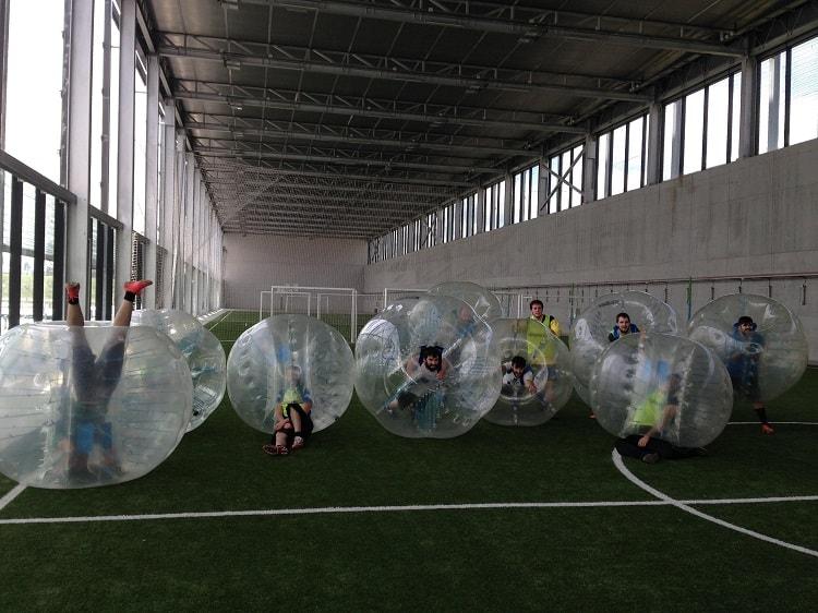 Futbol burbuja entre amigos