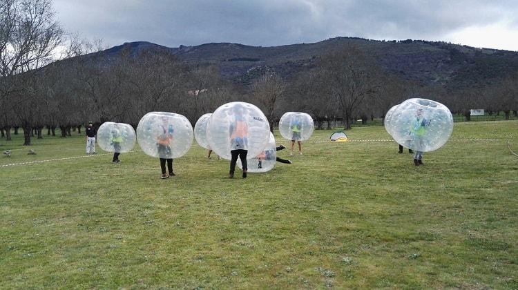 Futbol burbuja en centros de vacaciones