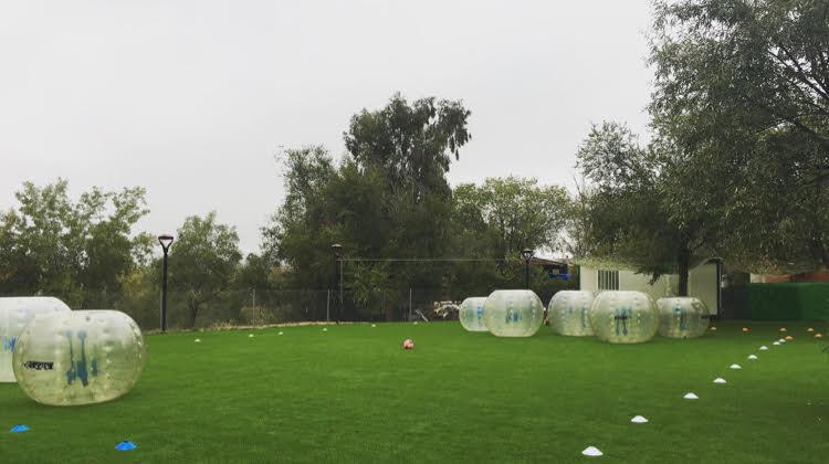 Campamentos de verano con Futbol Bubble