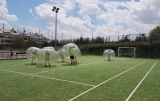 Fútbol burbuja al aire libre