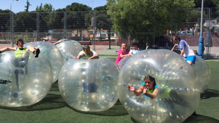 Futbol Bubble al aire libre